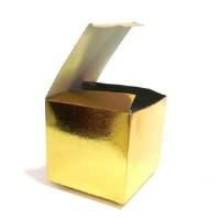 "Коробка подар д/кружки голография ""Золото""10*10*10"
